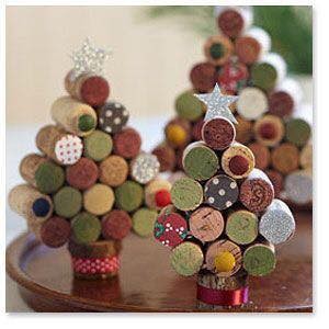 Christmas_trees_different_materials