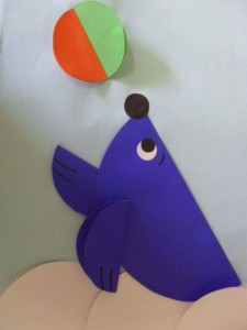 circle paper dolphin and ball