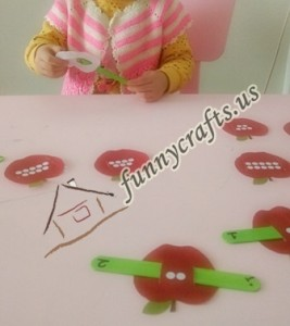 apple worm number matching game for kids (8)