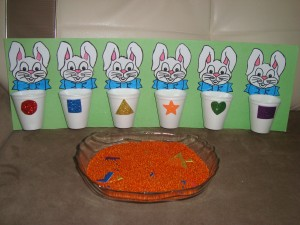 bunny sorting activity for toddlers (7)