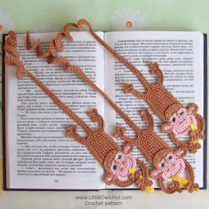 hand knitted bookmark crafts (15)