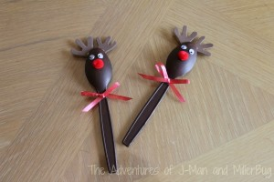 plastic spoon reindeer craft