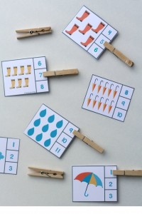 rain themed counting activity with clothespin (1)