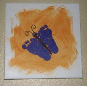 handprint and footprint crafts for the holidays (6)