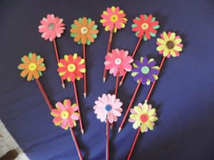 pencil topper crafts (6)