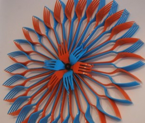 plastic fork craft ideas  (2)