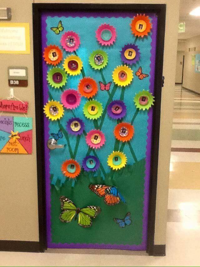 Preschool door decoration ideas for summer office design for Cool door ideas