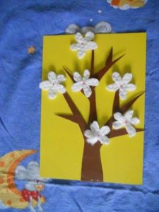 cotton pads flowers spring crafts (6)