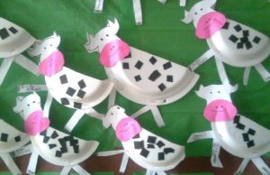 cow preschool crafts (1)