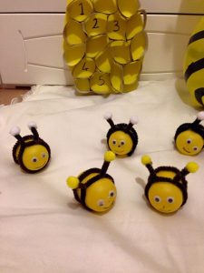 easy bee crafts and activities