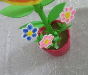handprint flower craft ıdeas for kids