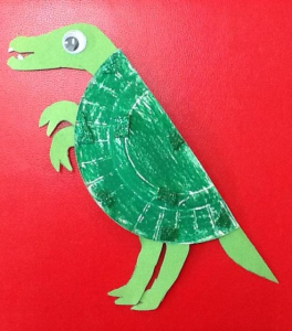 plastic plate dinosaurs (1)