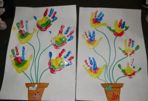 simple handprint flower crafts for children (2)