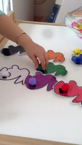 bunny tails color matching game for kids