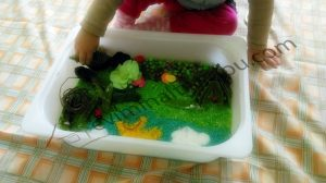 fun food sensory bins