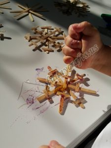 make a snowflake craft ıdeas to make snowflakes