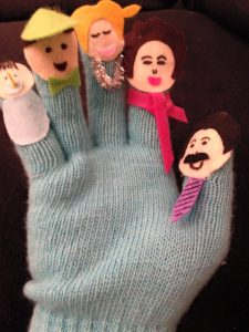 make fun finger puppets from old gloves for kids