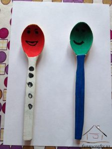 wooden spoon puppets (4)