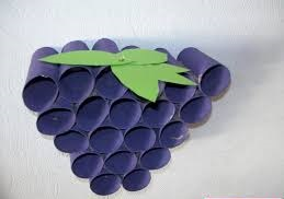 paper roll grape craft