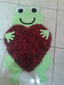 frog and heart carpets for kids bedroom