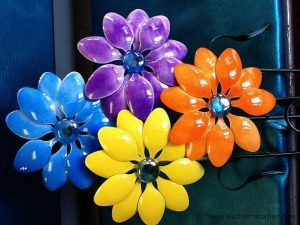 plastic spoon colour flowers craft