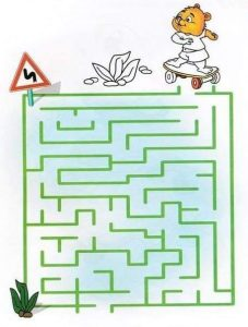 printable labyrinth maze for kids (1)