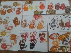 autumn-handprint-tree-crafts-3