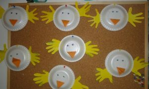 birds-paper-plate-bulletin-board-ideas