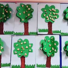 bulletin-board-tree-crafts