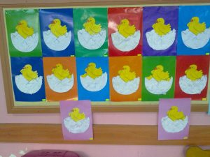 chick-bulletin-board-ideas-for-preschool