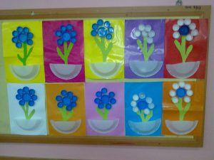flower-paper-plate-bulletin-board-ideas