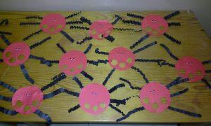 fun-spider-bulletin-board-ideas-for-kids-2