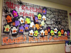 halloween-decorating-ideas-for-bulletin-boards-7