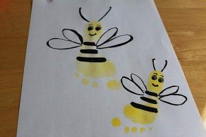 handprint-bee-crafts