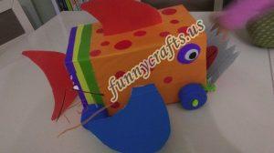 homemade-cardboard-box-fish-craft-17