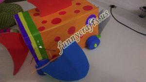 homemade-cardboard-box-fish-craft-18