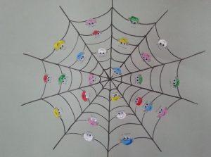 kindergarten-spider-crafts-2