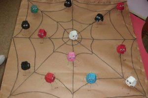 kindergarten-spider-crafts-and-activities-for-kids-2