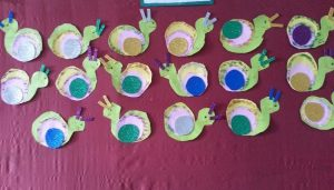 snail bulletin board idea (1)