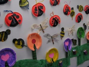 spring-paper-plate-bulletin-board-ideas