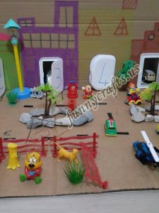 toddlers-city-sensory-cardboard-box-fun