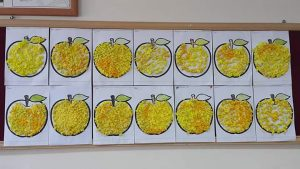 apple-bulletin-board-idea