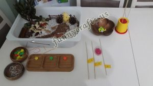 beads-activity-for-toddlers-2