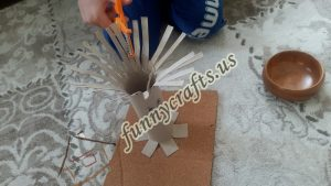 cut-with-scissors-for-toddlers-4