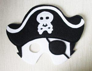 felt-pirate-mask