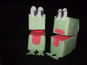 make-a-puppet-from-milk-carton-2