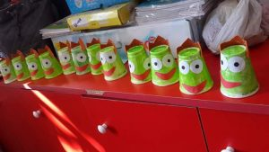 paper-cup-frog-craft-2