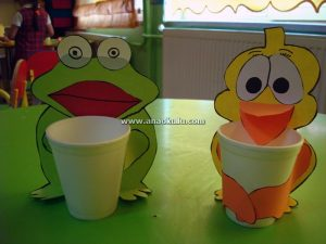 paper-cup-frog-craft