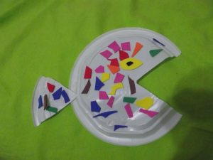 paper-plate-and-foam-fish-craft