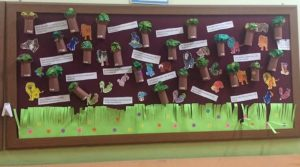 paper-roll-bulletin-board-idea